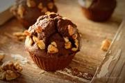 Muffins cu cacao si ciocolata alba