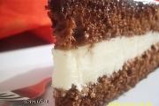 Tort cu crema de ciocolata alba