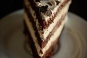 Felie de tort cu crema de mascarpone si vanilie