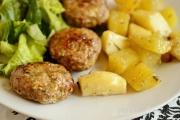 chiftelute la cuptor cu cartofi aromati