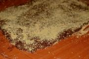rulada-de-biscuiti-cu-nuca-de-cocos-3