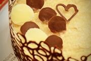 tort cu mousse de ciocolata si cafea cu jeleu de sampanie