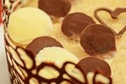 tort cu mousse de ciocolata si jeleu de sampanie