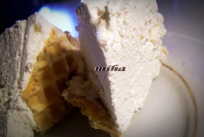 desert cu zahar ars si napolitana