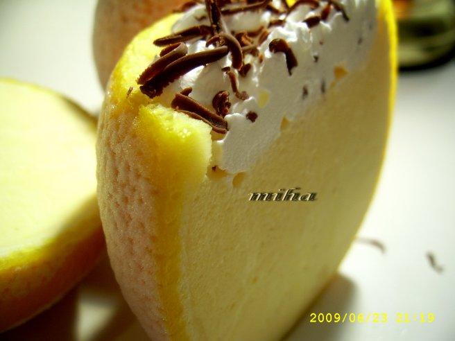 Inghetata de portocale cu frisca