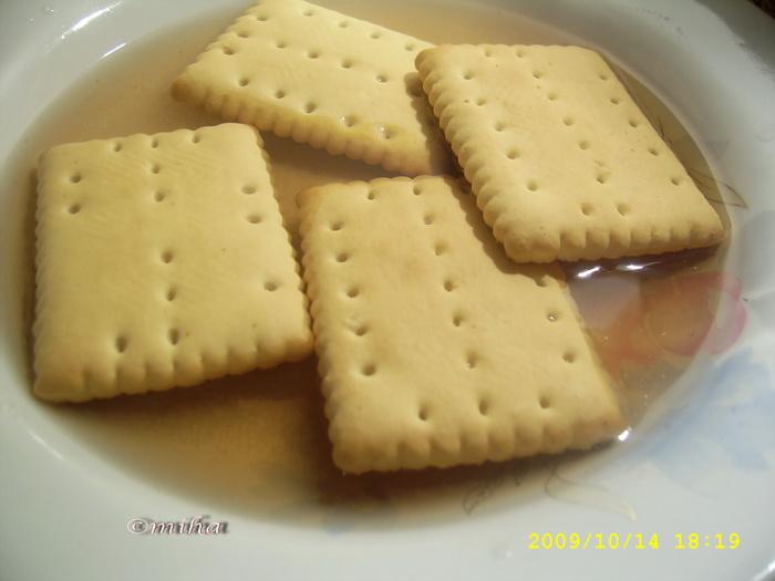 biscuiti insiropati pentru prajitura tosca