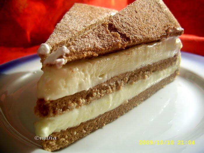 Felie de tort cu crema de mascarpone