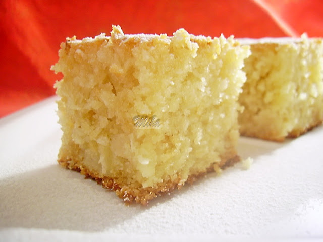 prajitura-cu-mere-si-nuca-de-cocos