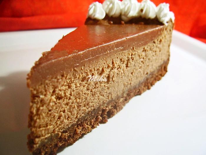 Felie cheesecake cu ciocolata