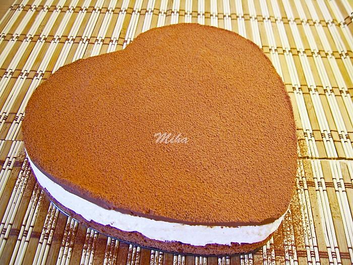 Tort cu crema mascarpone si ciocolata