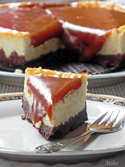 Cheesecake cu caramel