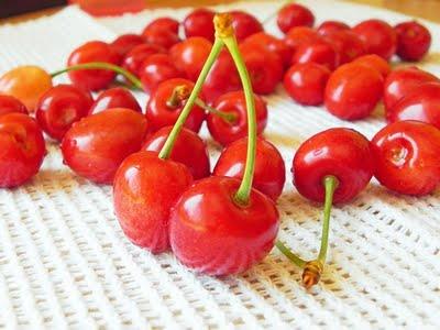 Cirese rosii pentru dulceata de casa