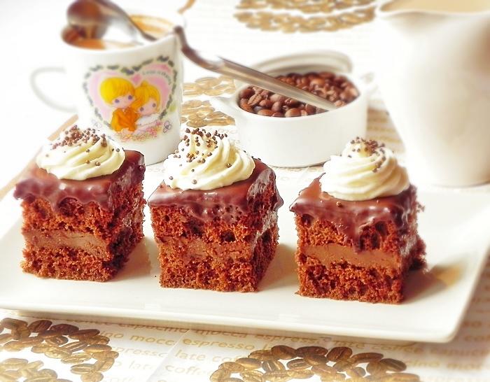 Prajitura cu crema de ciocolata