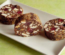 Salam de biscuiti cu ciocolata si nuca