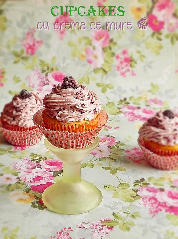 cupcakes cu crema de mure