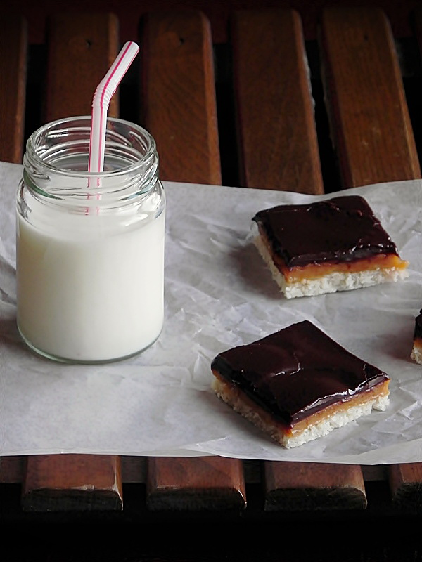 felii de caramel cu ciocolata