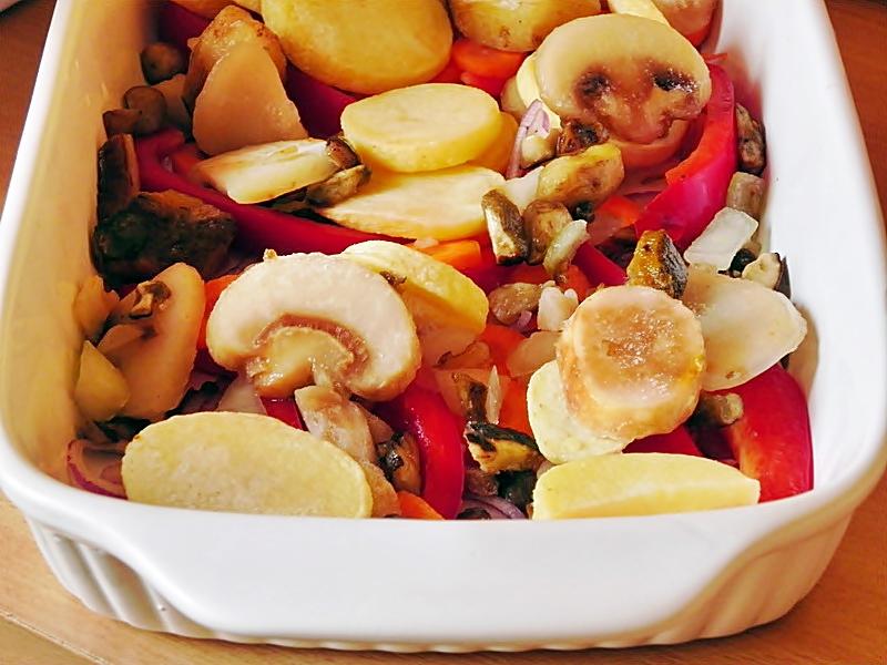 Pui cu legume in aluat de foietaj