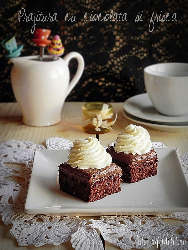 prajitura cu ciocolata si frisca