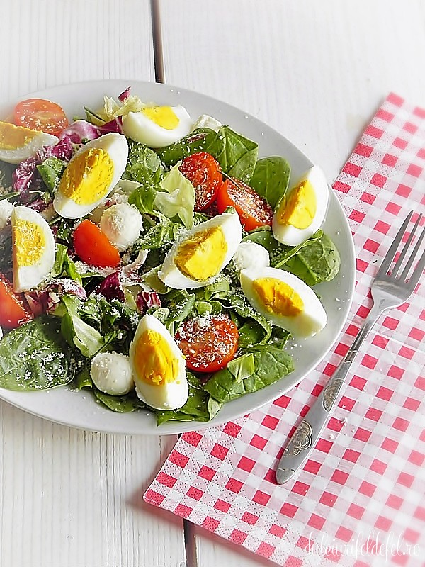 Salata cu rosii si mozzarella