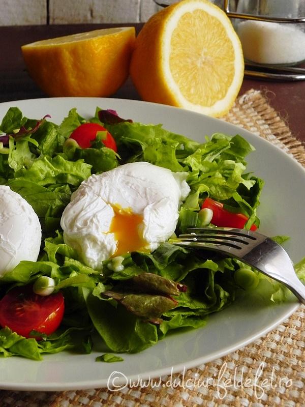 Salata de primavara cu oua roamanesti