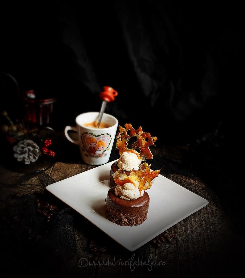 Prajituri cu ciocolata si caramel
