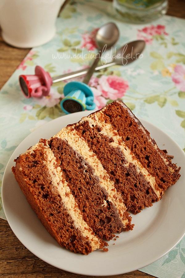 Fe;lie de tort cu ciocolata cu crema mascarpone cu caramel