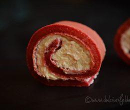 Clatite pufoase cu sfecla si crema de branza