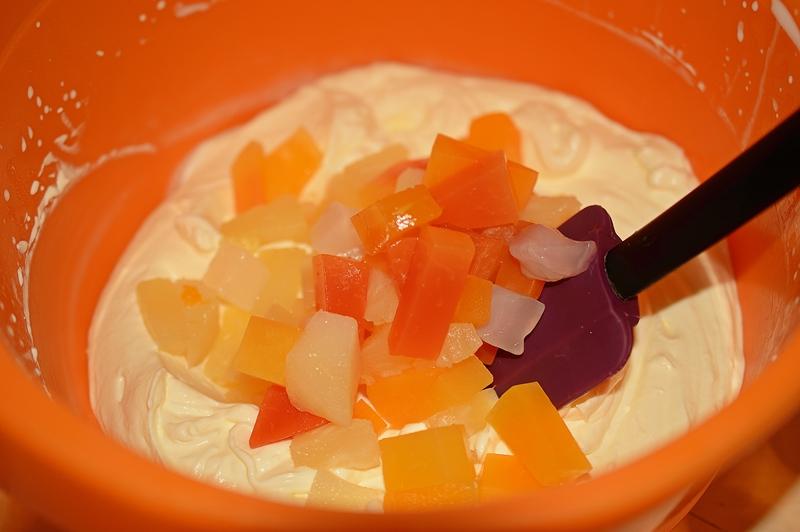 cum se face crema de branza cu fructe