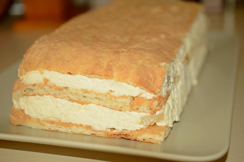 cum se face prajitura cu fructe si crema
