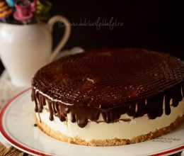 Cheesecake cu ciocolata (fara coacere)