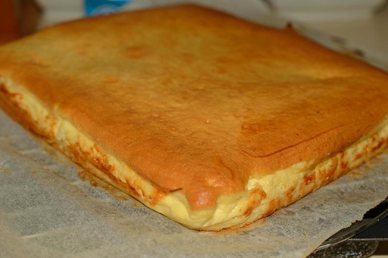 prajitura turnata cu branza