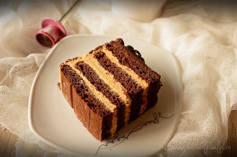 tort cu ciocolata si dulce de leche