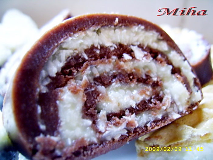 Rulada de ciocolata de casa