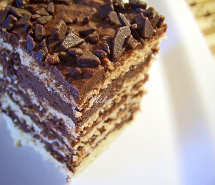 Prajitura cu crema de ciocolata si foi