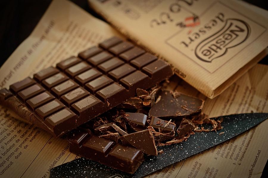 Ciocolata Nestle pentru prajituri