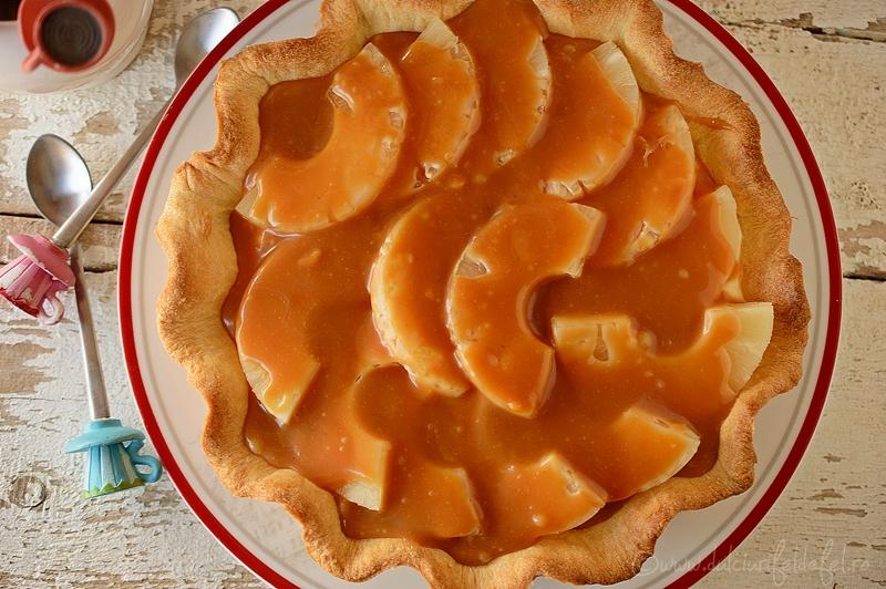 Tarta cu ananas si caramel