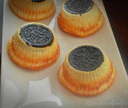 Mini cheesecake cu biscuiti
